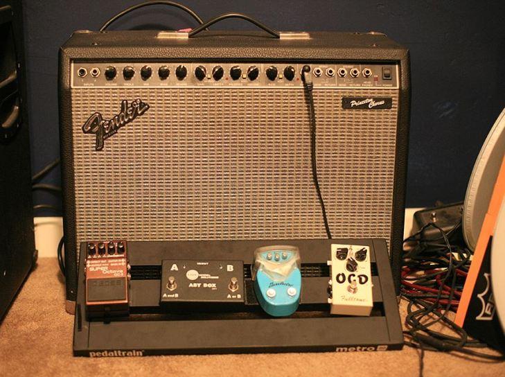 Fender Princeton Chorus + pedalboard