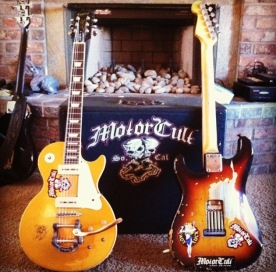 Epiphone Les Paul goldtop, and Fender Stratocaster '80s Reissue