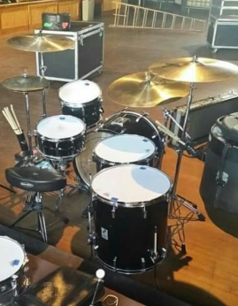 King's Sonor kit.