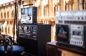 Al Howard Radios 2